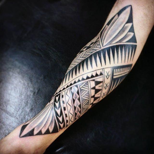 pin by ta ri n on tattoos polynesian pinterest tattoo maori and maori tattoos. Black Bedroom Furniture Sets. Home Design Ideas