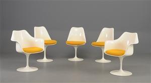 Eero Saarinen. 'Tulip Chairs'