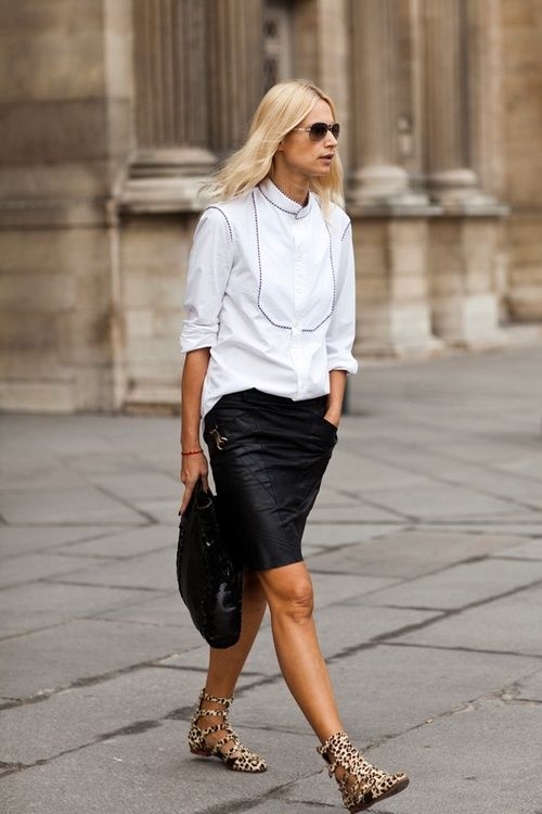 Street style   white shirt   black leather skirt   leopard print ...