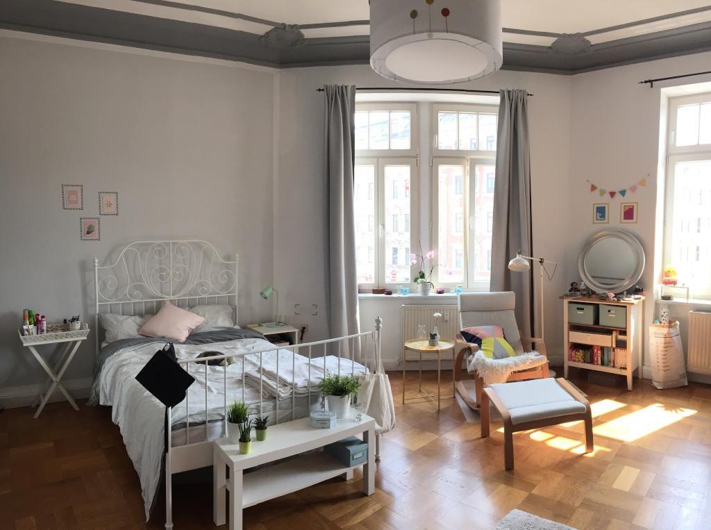 Geräumiges WG-Zimmer mit Parkett und Stuck an den sehr hohen - gro es schlafzimmer einrichten