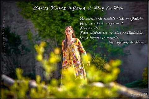 Carlos Nunez inflama el #PuyduFou #musique #celtique #Bretagne #Espagne #Galice #Secredelalance #40Cinéscénie #TearsofStone  Marguerite, No necesitarás reunirlo allá, en Galicia. Hoy, va a hacer etapa en el Puy du Fou. Para celebrar los 40 años de Cinéscénie,  Va a jugarte su melodía, las lágrimas de Pierre.