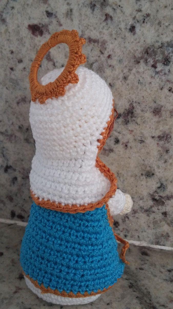 Linda Nossa Senhora das Graças de crochê. Feita com a técnica de ...