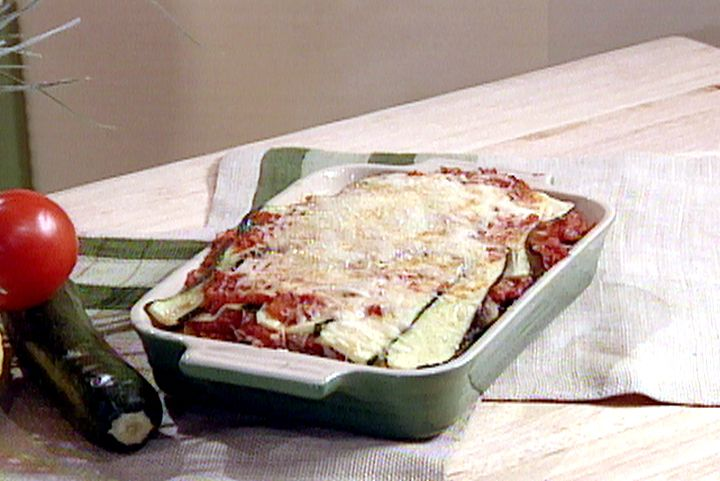 Fresh vegetable lasagna with spinach and zucchini recipe fresh vegetable lasagna with spinach and zucchini recipe vegetable lasagna recipes lasagna recipe food network and food forumfinder Images