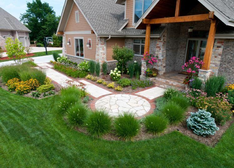 Lampenputzergras bildet einen Halbkreis drausseninventar - vorgarten moderne gestaltung