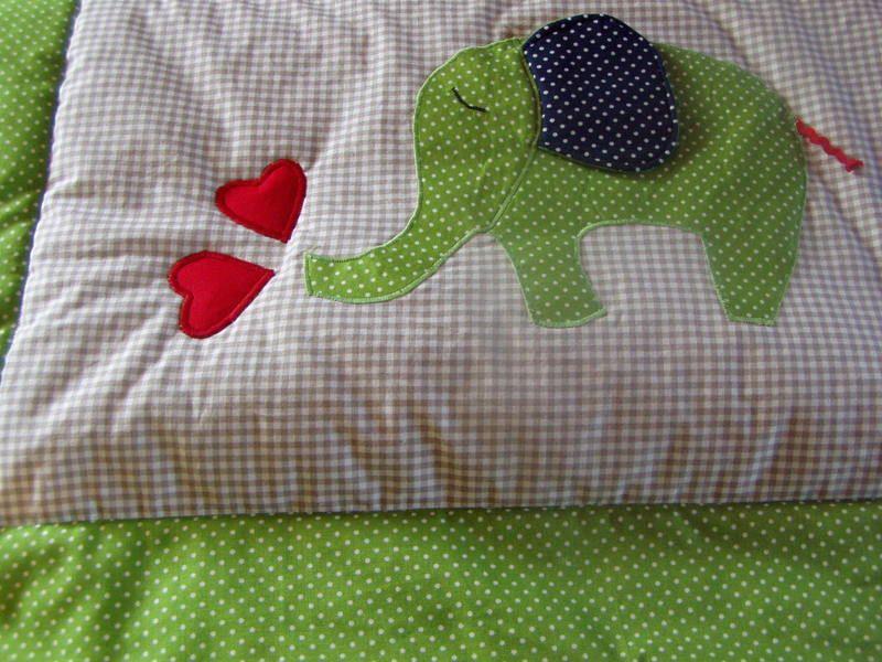 babydecken babydecke mit elefant ein designerst ck von farbenfroh56 bei dawanda curtains. Black Bedroom Furniture Sets. Home Design Ideas