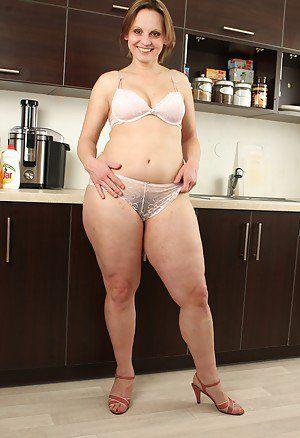 Mature shows chubby ass