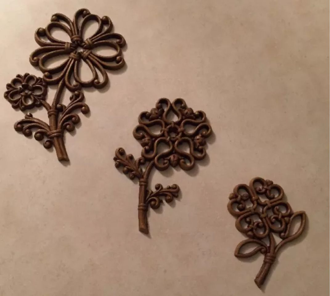 Pin by Sunny Day Shopping on Vintage | Hanging flower wall ... on Candle Wall Sconces With Flowers id=35716