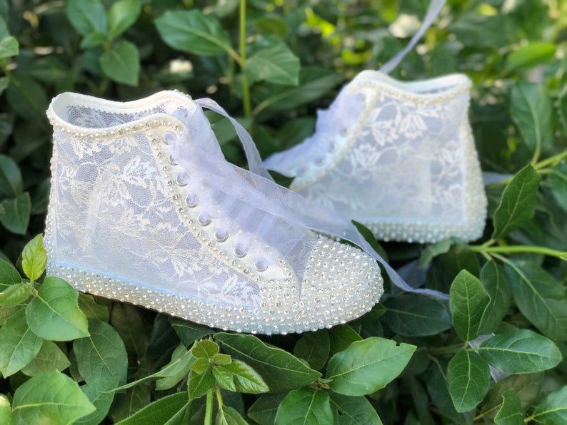 Wedding Shoes Lace Shoes Bridal Shoes Women S Wedding Etsy In 2020 Wedding Shoes Lace Wedding Shoes Sneakers Wedding Sneakers