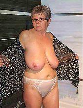 Juicy mature women naked