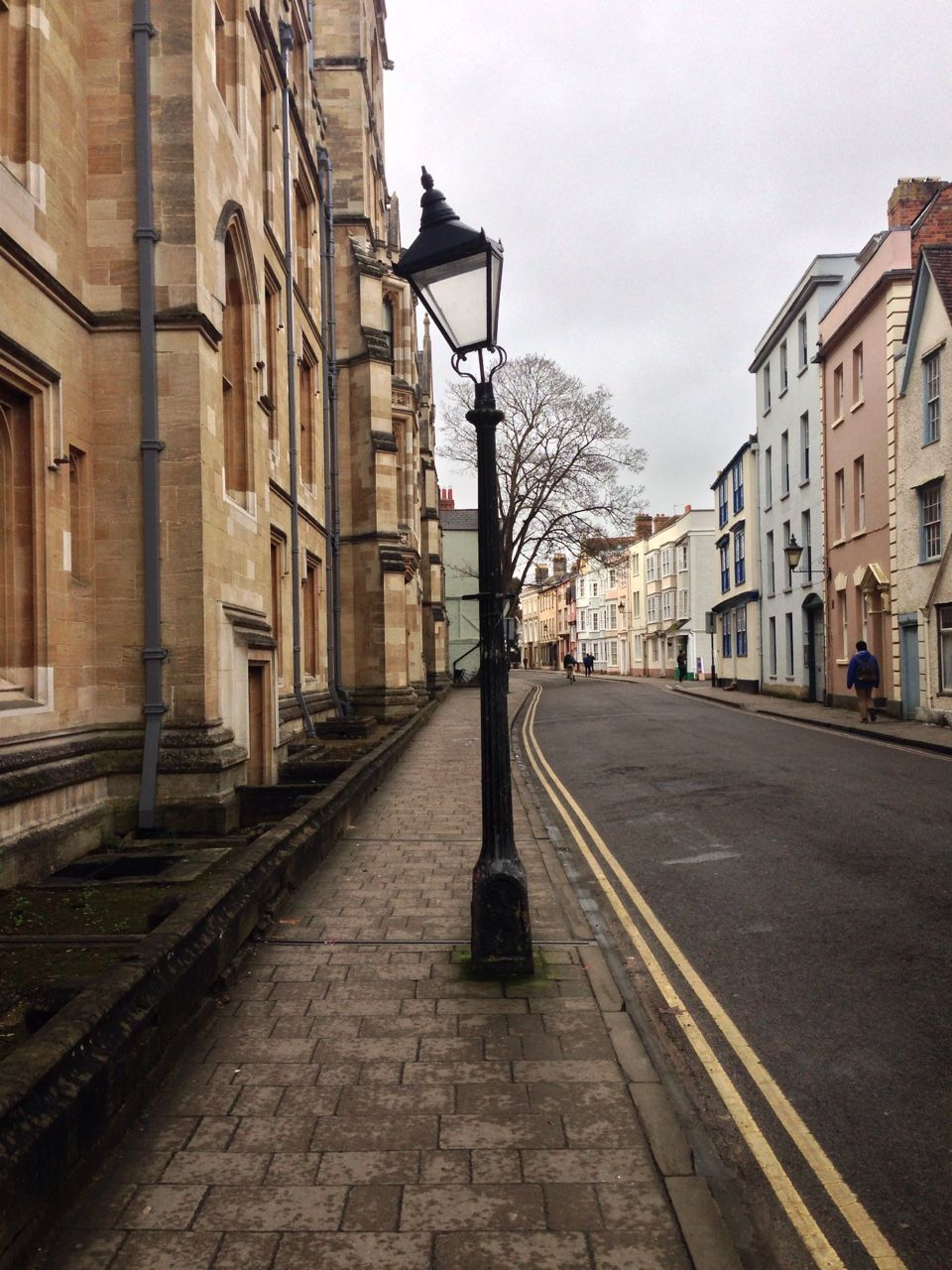 Oxford's twisted light post.