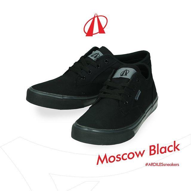 Opsi Terbaik Untuk Sepatu Sekolah Tentu Saja Sneakers Moscow Black
