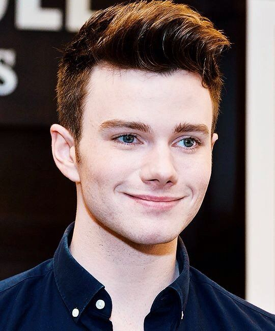attends a signing event for his 'Adventures From The Land Of Stories' Boxed Set at Barnes & Noble at The Grove on December 5, 2015 in Los Angeles, California