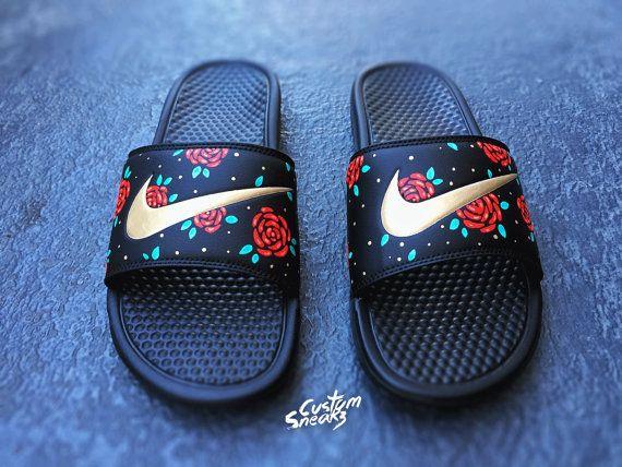 online store e19d8 76669 Womens Nike glisse sandales personnalisé Nike Benassi