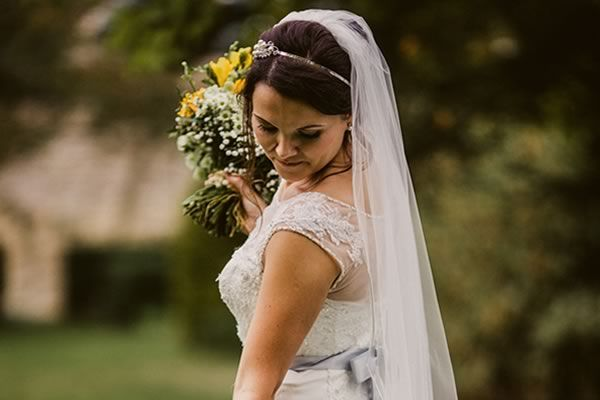 5 Reasons Why You Should Do A First Look For Your Wedding Photos In 2020 Wedding Picture Poses Wedding Photography Bride Groom Reaction