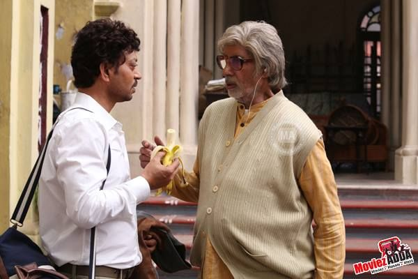 Amitabh Bachchan offers Banana Stem to Irfan Khan on the sets of Piku  Follow the link to know more - bit.ly/1IO3RrW | Bollywood gossip, Chef  jackets, Bollywood