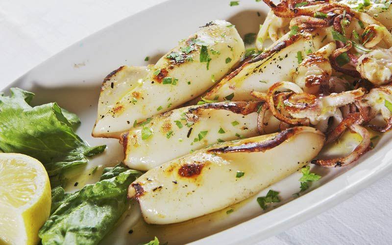 -ITALIA:Pesce alla griglia-Grilled fish- -------------------------------------------------- #Expo2015 #WonderfulExpo2015 #ExpoMilano2015 #Wonderfooditaly #slowfood #FrancescoBruno  www.blogtematico.it/?lang=en  frbrun@tiscali.it