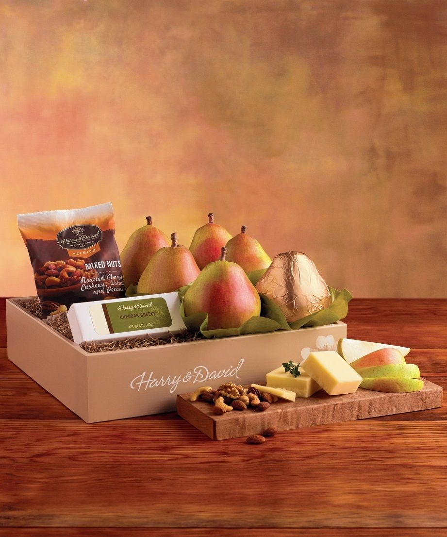 The Merry Mix Up Gift Box Is Among Harry David S Classic Gourmet Gifts It Takes A Simple Pear Gift And Elevates It Wit Delicious Food Gifts Fruit Box Fruit