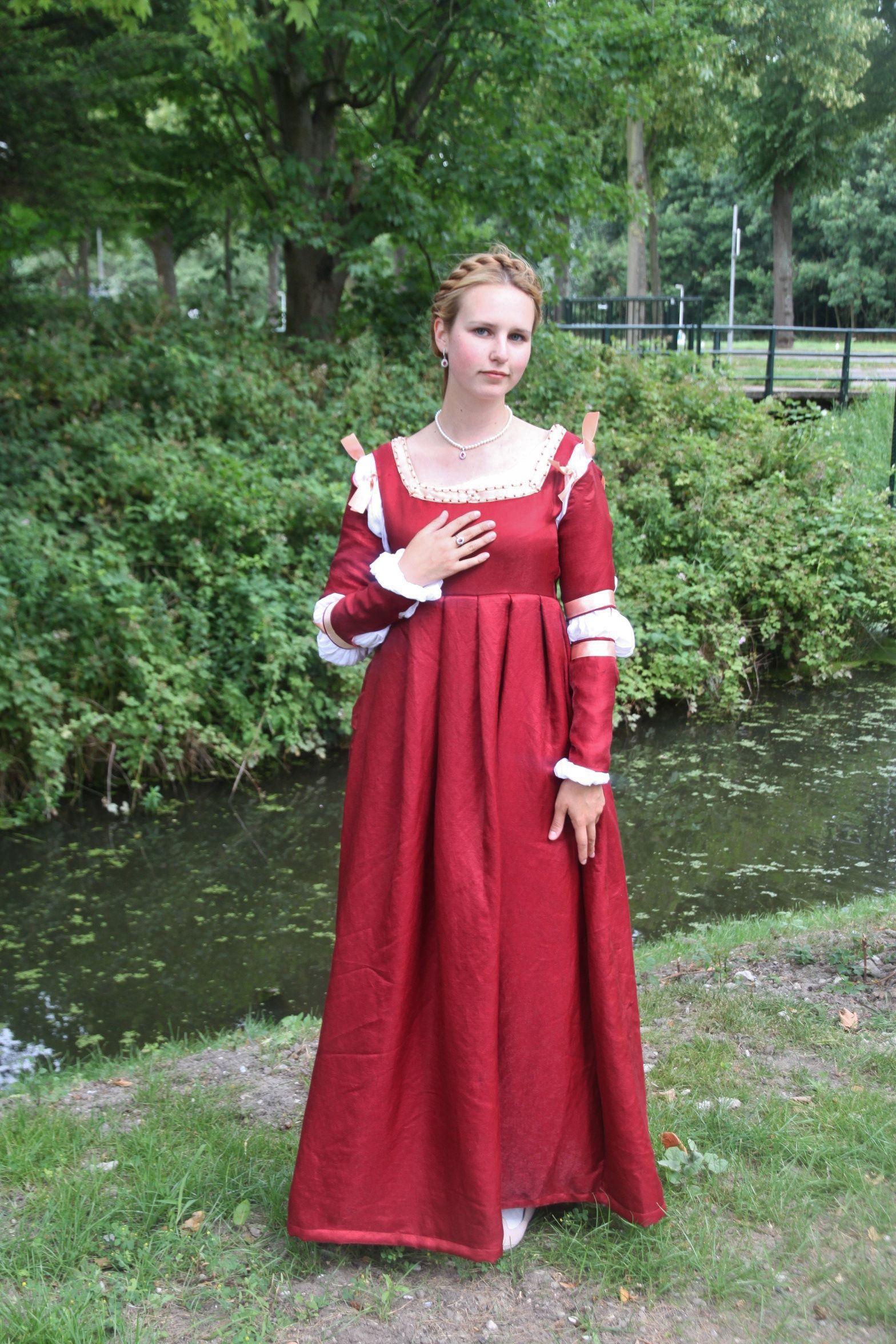 Red Italian Dresses