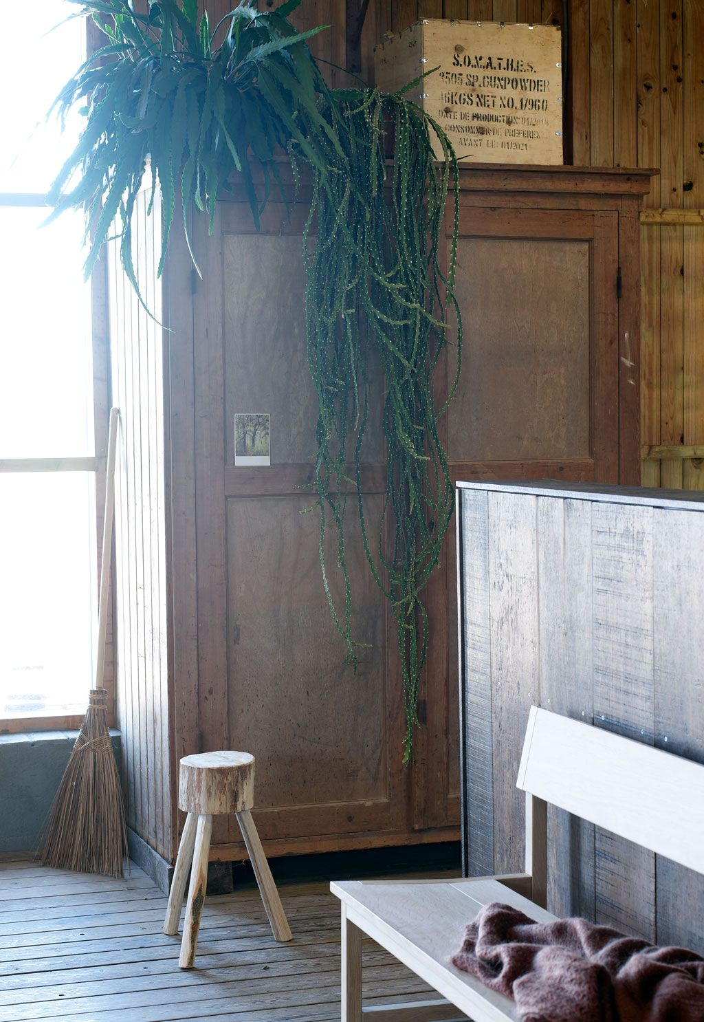 tweedehands houten kast