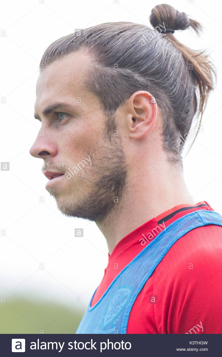 Gareth Bale Hairstyles 2018 Gareth Bale During Wales National Wiwhyvu Hair Styles