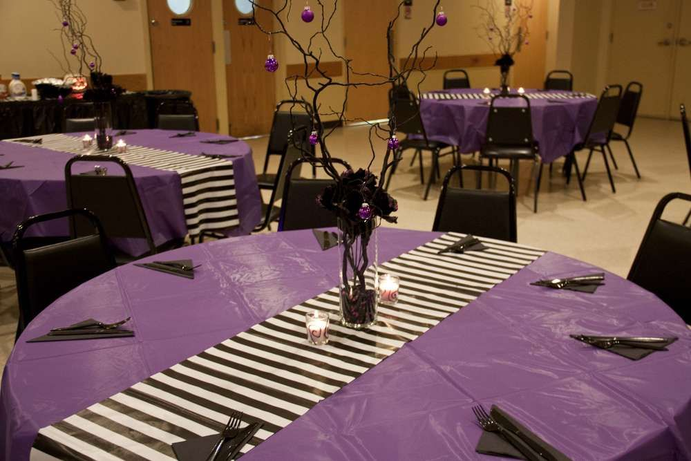 Nightmare before christmas wedding table decorations