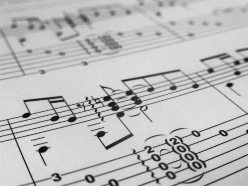 cladelcroix:Les déclinaisons latines une chanson la honte...