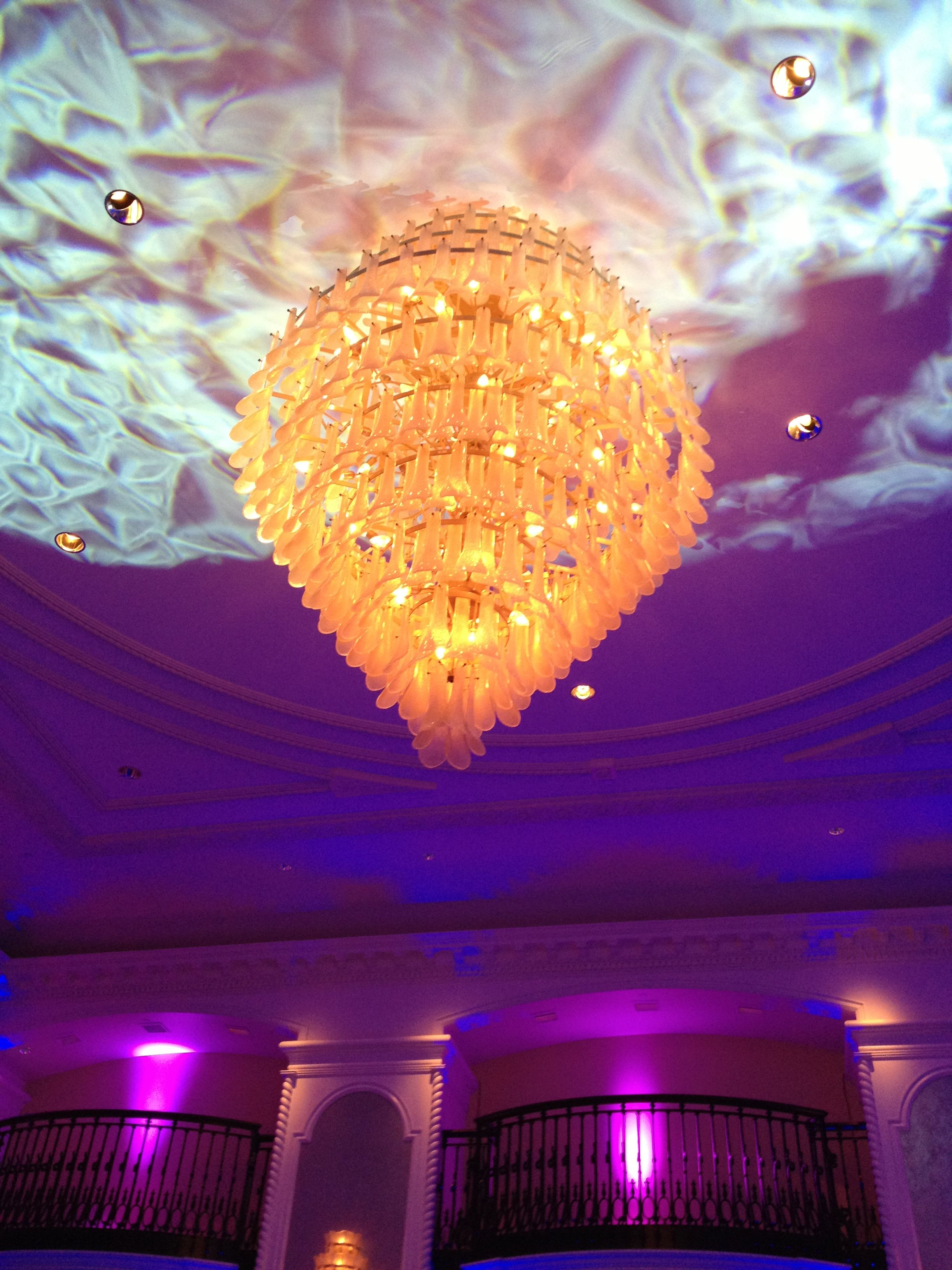 pretty chandelier.