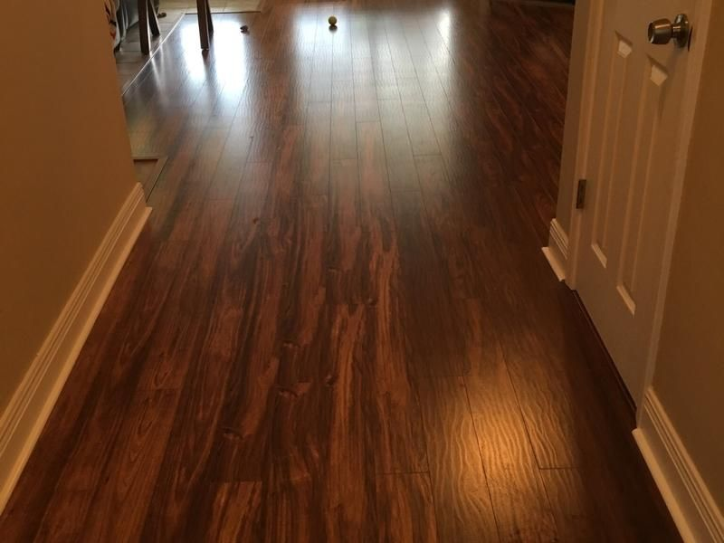 This Mississippi Customer Used Golden Sunrise Teak In The Hallway Http Remodel Lumberliquidators Com Detail 12mm Go Laminate Flooring House Smells New Homes