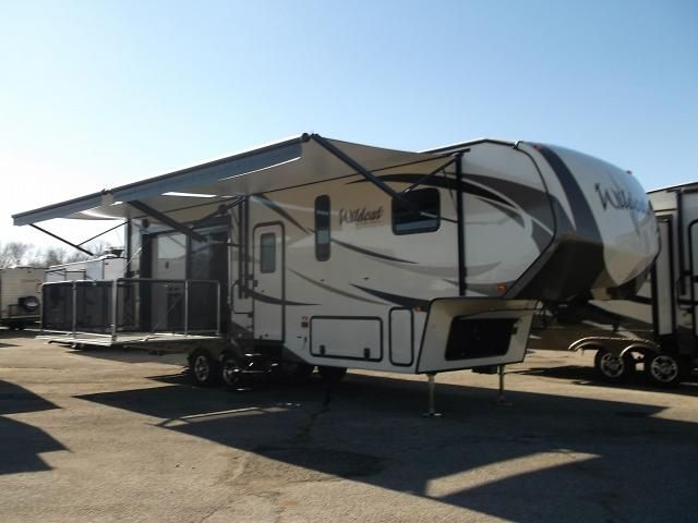 Wildcat 29rkp Rear Kitchen Fifth Wheel With Side Patio This 5th