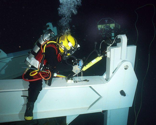 Robotics Activities | Scuba diving, Diving, Underwater welding