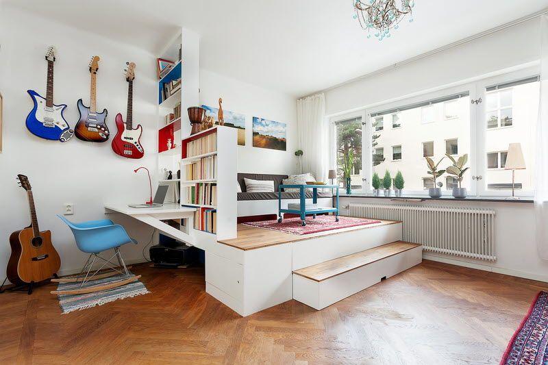 Lit sous estrade | studio aménagements | Pinterest | Small spaces ...