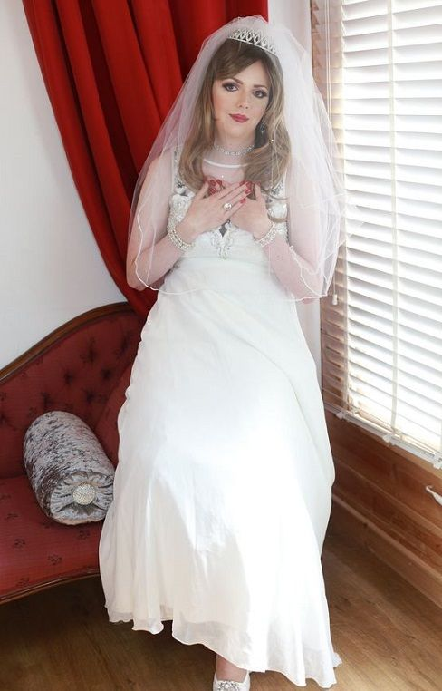Lucy Summers Crossdresser Cd Wedding Dress Sexy Gurls