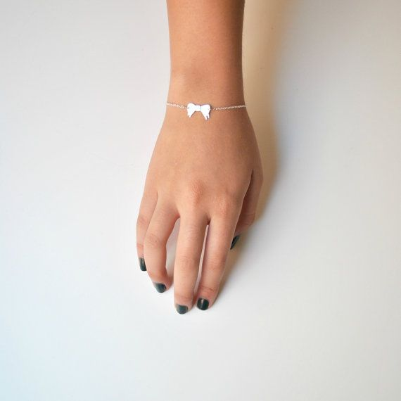 Bow Bracelet in Sterling Silver