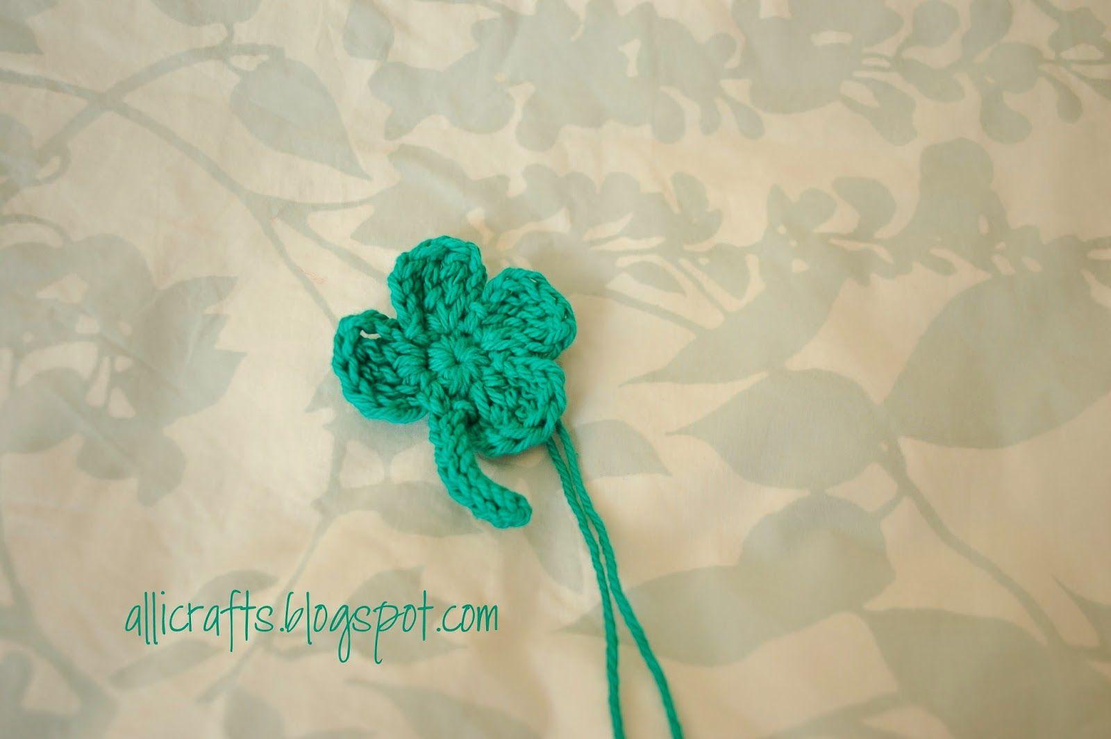Alli Crafts: Free Crochet Pattern: Shamrock Applique   Crochet - St ...