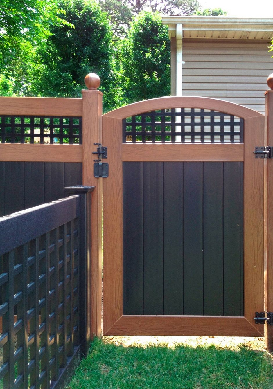 Decorative Fence Toppers 119 Pvc Vinyl Wood Grain And Black Fence Gate Ball Caps Side Of
