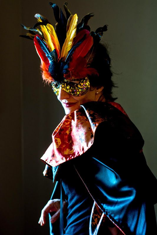 Sewing: Halloween Satin Opera Collar Cape and Mask (Tutorial)