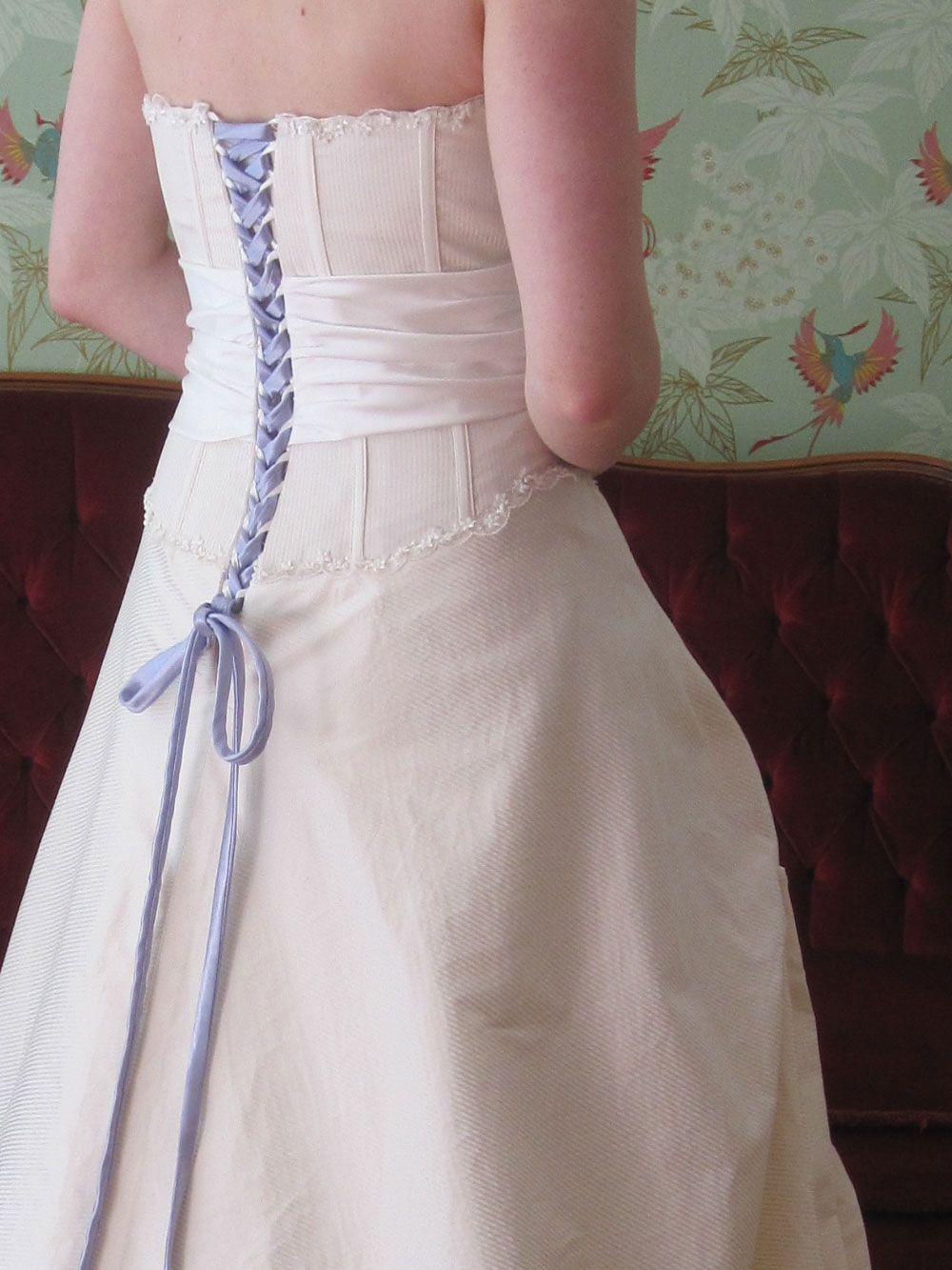 Hochzeitskleid blau ivory | Brautkleider mit Farbe | Pinterest ...