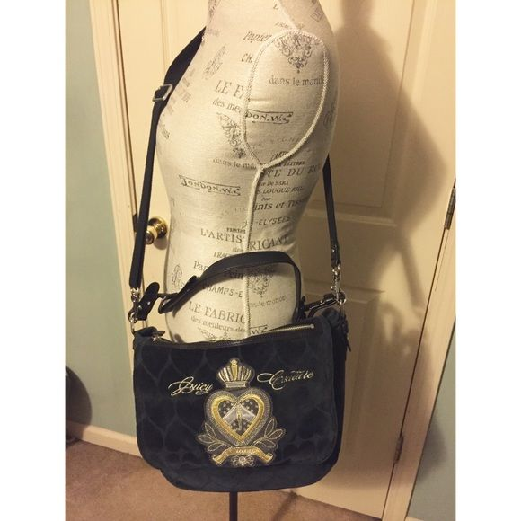 Juicy Couture side bag Black juicy couture side bag, never worn been in my closet. Smoke free home! Juicy Couture Bags Crossbody Bags