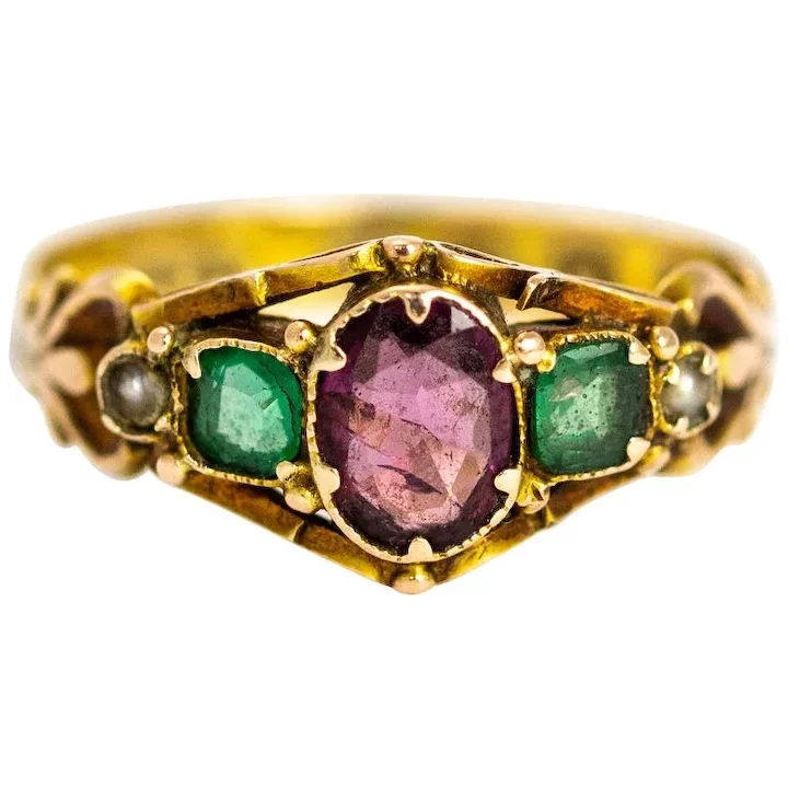 Late Georgian Amethyst Emerald And Pearl 12 Carat Gold Ring Howard S Antique Jewellery R White Gold Sapphire Ring Pearl Cluster Ring Vintage Sapphire Ring