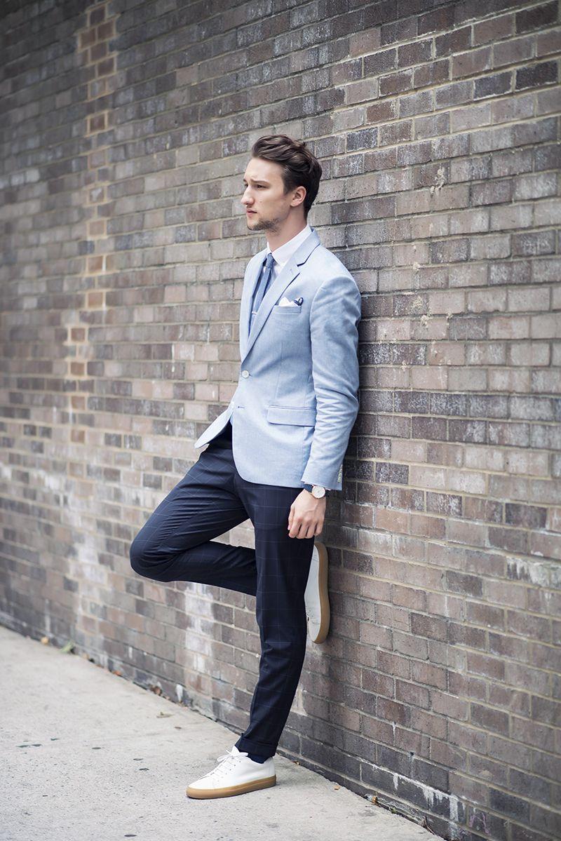 Blazer (Express) / Shirt (Black Lapel) / Trousers (Zara) / Tie (The Tie Bar) / Pocket Square (The Tie Bar) / Sneakers (Hydrogen-1) / Watch (Larsson & Jennings)