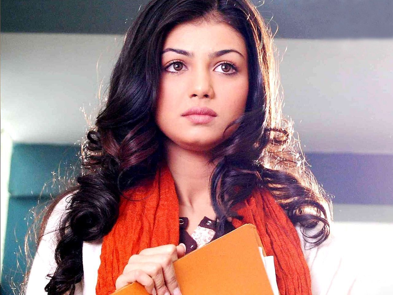Ayesha Takia HD Wallpapers - Free download latest Ayesha Takia HD Wallpapers  for Computer, Mobile, iPhone, iPad or any Gadget at WallpapersCharlie.com.