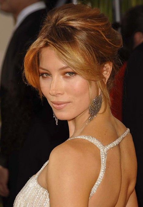 Formal Updo Hairstyles From Jessica Biel Hairstyles Weekly French Twist Hair Medium Length Hair Styles Hair Styles