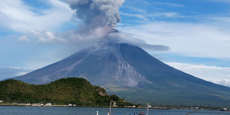 The Most Dangerous Active Volcanoes on Earth | Active ...
