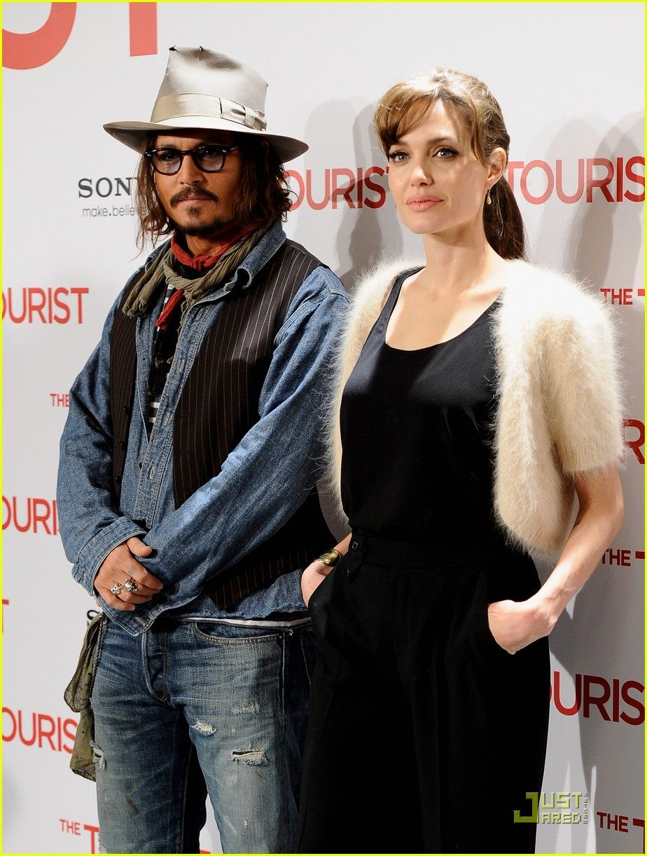 Angelina Jolie Johnny Depp Make It To Madrid Angelina Jolie