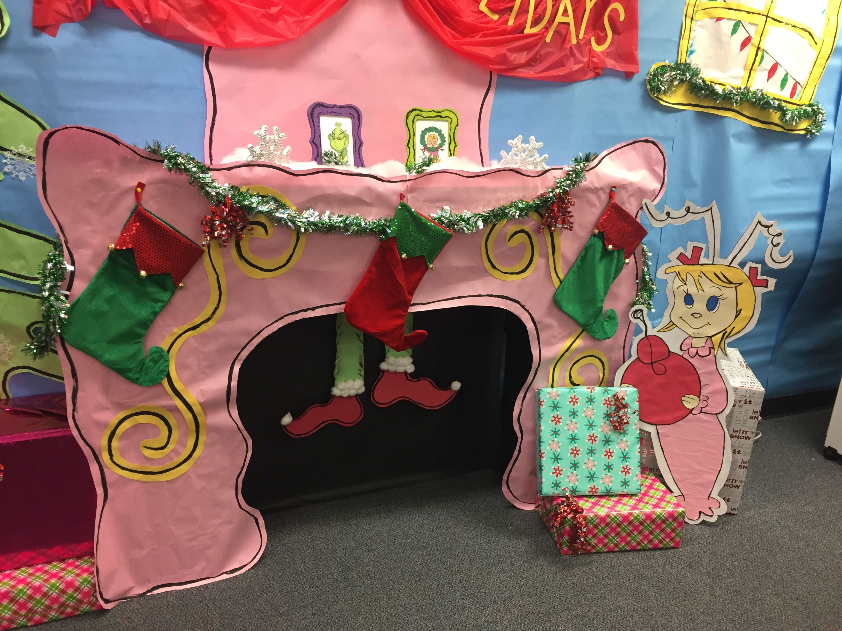 Classroom Decoration Ideas For Xmas ~ The grinch who stole christmas party decorations for