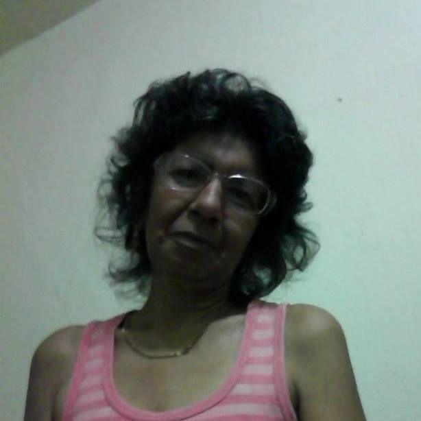 Profiilikuvat - Elaine Moraes Passos