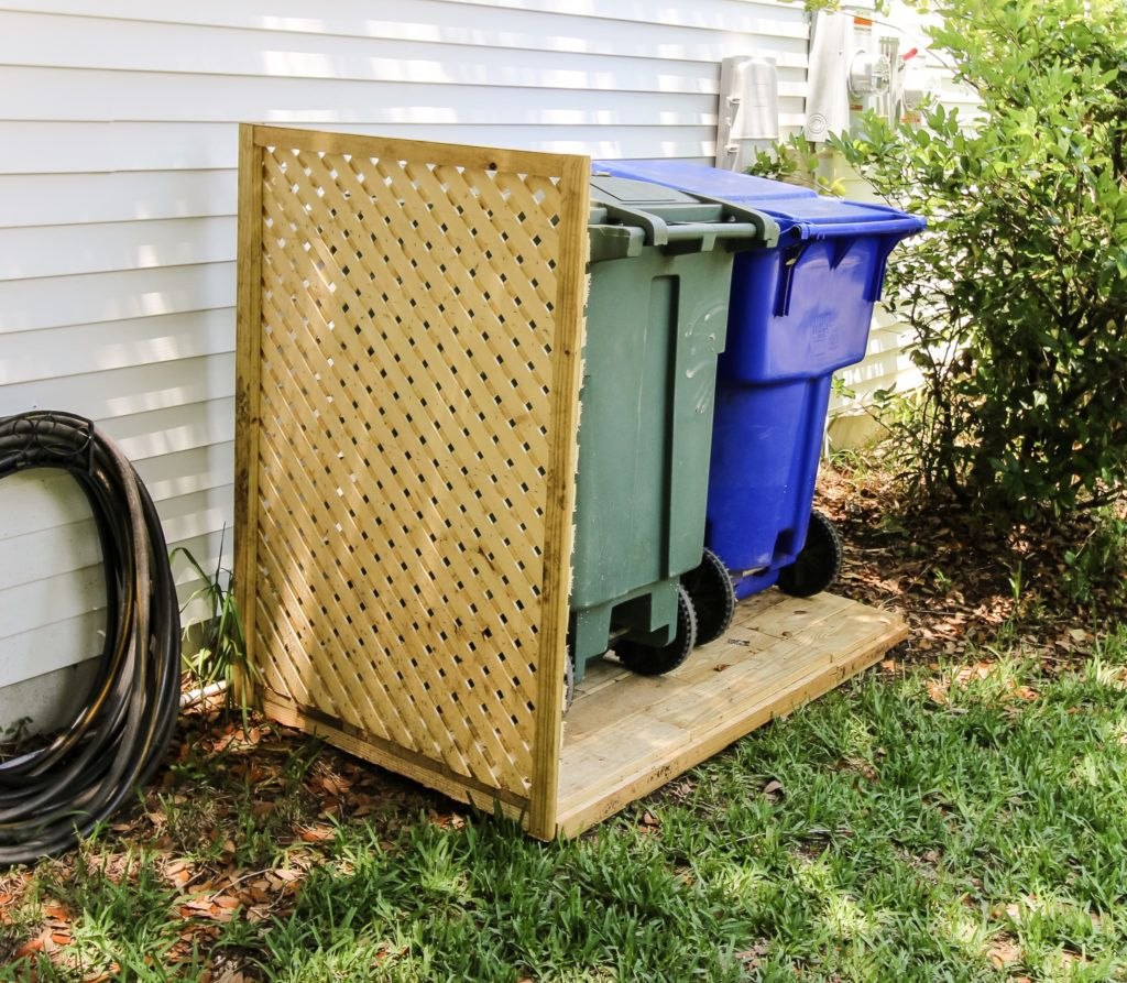 Simple Diy Way To Hide Your Trash Cans Diy Privacy Screen Outdoor Trash Cans Hide Trash Cans