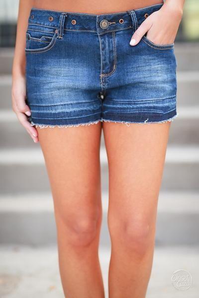 Beach Day Denim Shorts - Med Wash