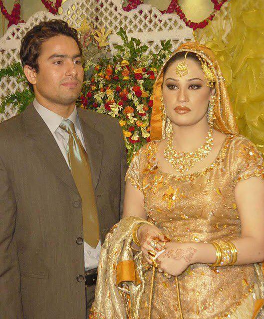 PakistaniIndian gold bridal jewelry zevar Necklace tika