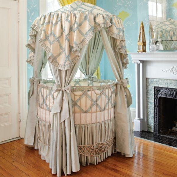 elegantes-babyzimmer-mit-einem-baldachin-bett | HOME | Pinterest ...